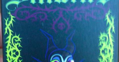 Disney Villains Mystery Pin Set