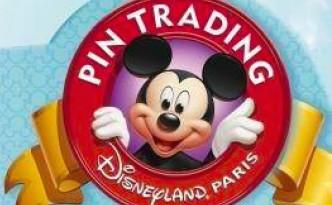 Disneyland Paris Pin Trading Logo
