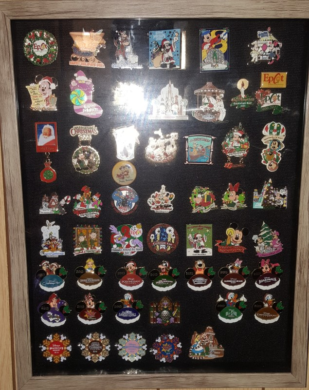 Holiday Disney Pins