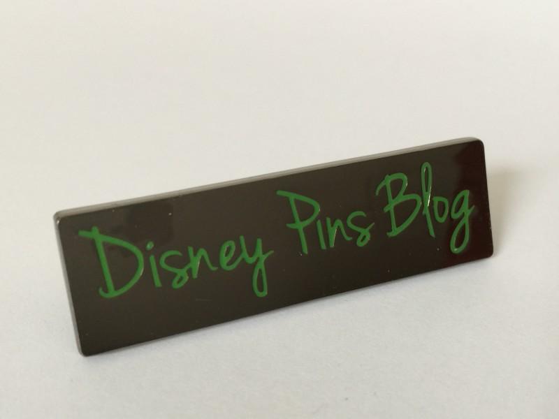 Disney Pins Blog Pin