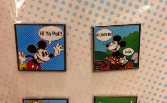 Disney Comic Booster Pin Set 2015
