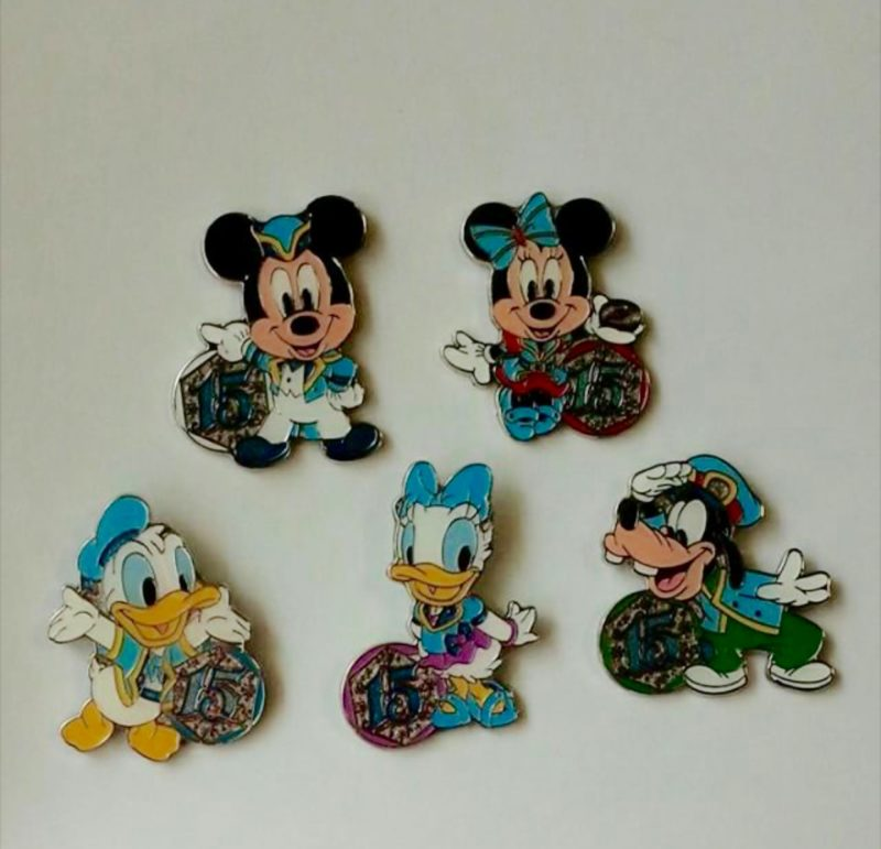 DisneySea 15th Game Pins