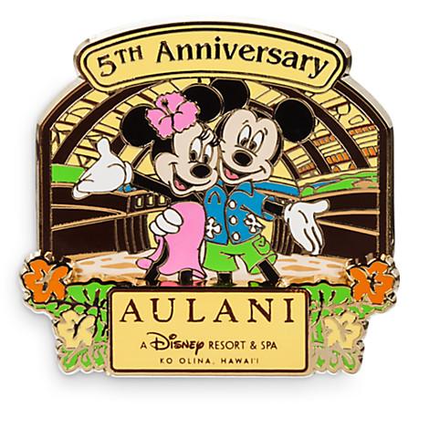 mickey-minnie-aulani-5th-anniversary-pin