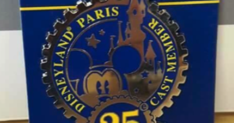 Disneyland Paris 25th Pin