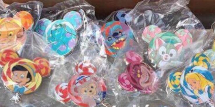 Gelatoni Lollipop Mystery Pin HKDL Hong Kong Disneyland Disney Pin Trading