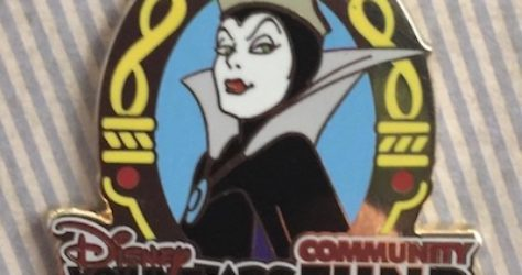 Disney VoluntEARS Community Fund 2017 Pin - Evil Queen