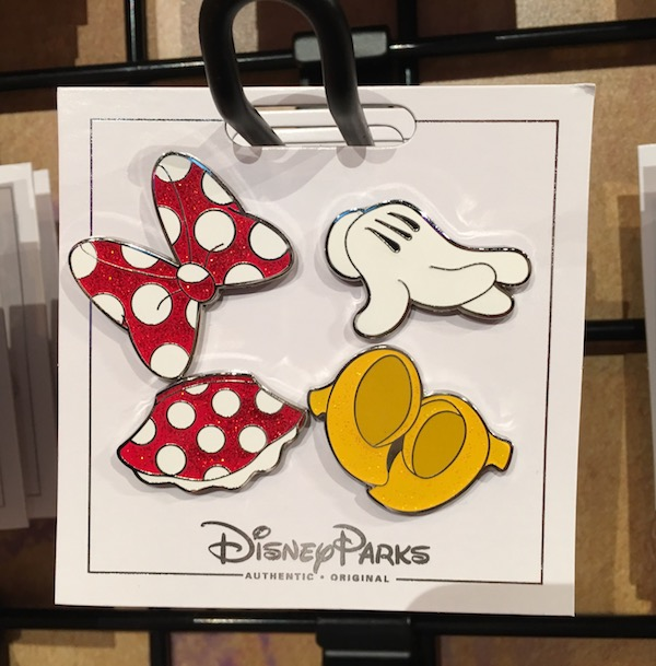 Minnie Mouse Pin Set
