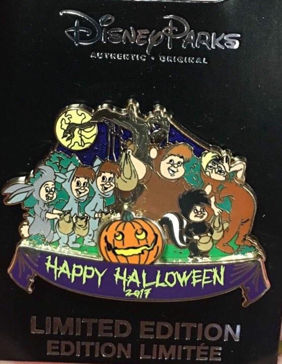 Halloween 2017 Cast Member Pin