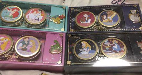 It's Demo Disney Pin Sets