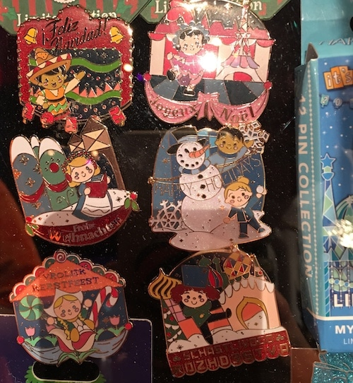 it's a small world Holiday 2017 Mystery Pin Set