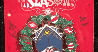 Holiday 2017 DCL Pin