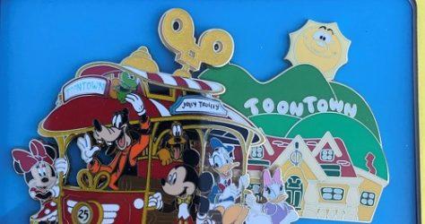 Mickey's Toontown 25th Anniversary Jumbo Pin