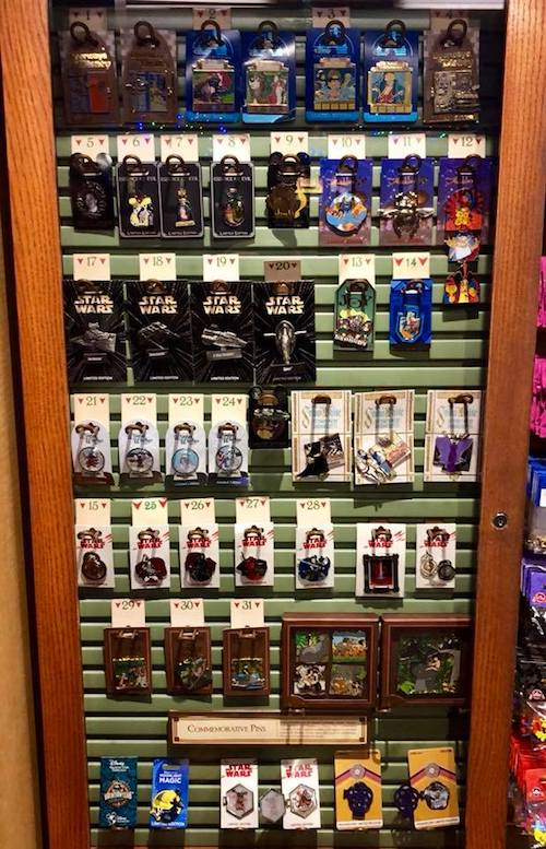 Pin Traders - Disney Springs