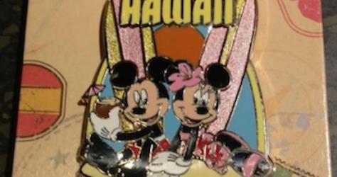 Hawaii Mickey Minnie Disney Pin