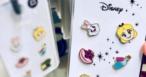 Primark Alice in Wonderland Disney Pin Set