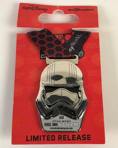 Stormtrooper Star Wars Dark Side 2018 Medal Pin