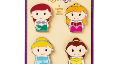 Hallmark itty bittys Disney Princess Pin Set