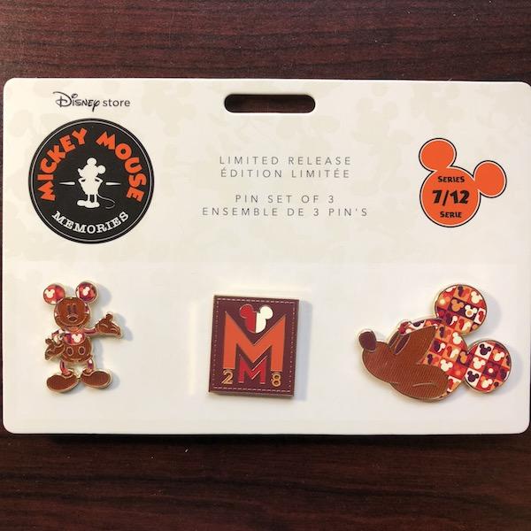 Mickey Mouse Memories Pin Set 7