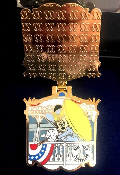 Minnie Mouse Mark Twain Riverboat Club 33 Pin Inside
