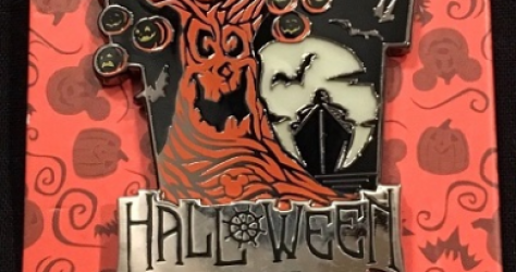 Halloween 2018 DCL Pin