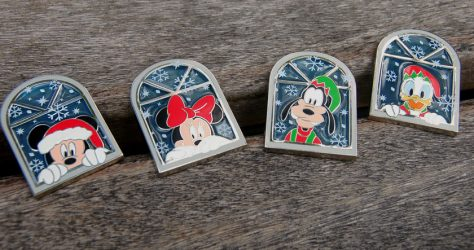 2018 Disney Gift Card Holiday Pin Series