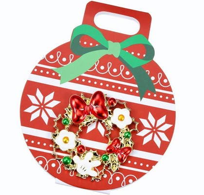 Christmas Wreath Disney Pin