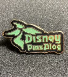 Disney_Pins_Blog_2018_Logo_Pin