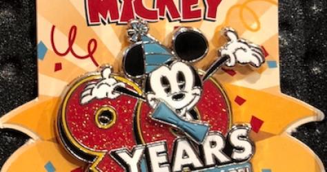 Mickey 90th LR Pin
