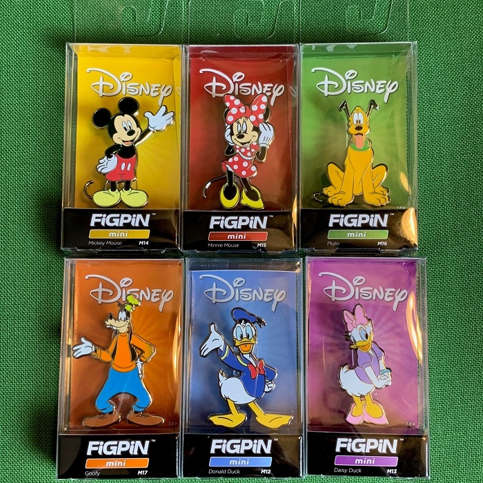 Mickey & Friends FiGPiN Mini Disney Pins