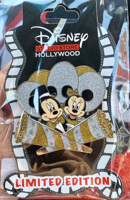 Mickey & Minnie New Years DSSH Pin