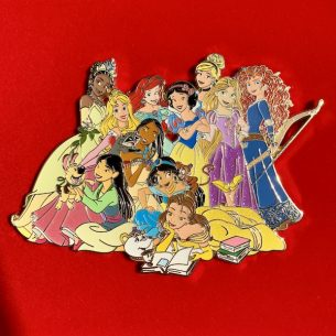 Treasured Classics Princess Super Jumbo LE 100 Disney Pin