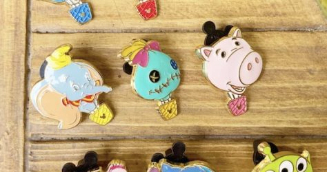 2019 Pin Trading Carnival HKDL Mystery Pins