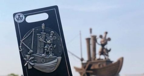 Steamboat Willie Fountain Shanghai Disneyland Pin