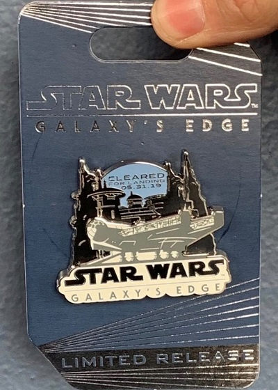 Cleared for Landing 2019 Disneyland Star Wars Galaxy's Edge Pin