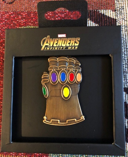 Infinity Gauntlet Hot Topic Pin