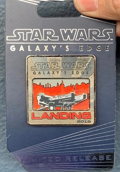 Landing 2019 DLR Star Wars Galaxy's Edge Pin