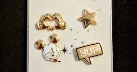 Mickey Mouse Primark Disney Pin Set