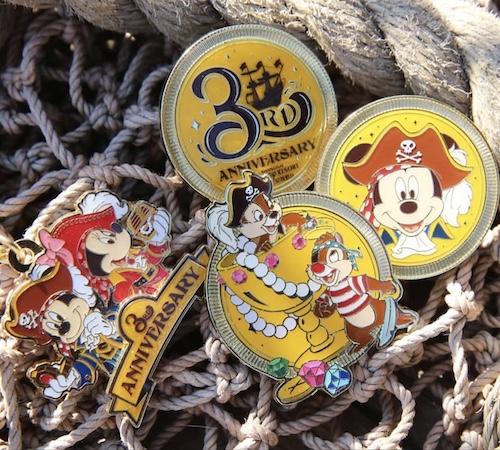 3rd Anniversary Shanghai Disney Pin Set
