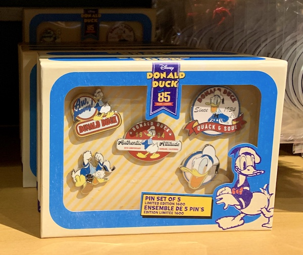 Donald Duck 85 Years Disney Pin Set