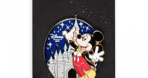 Mickey Mouse Tuxedo Disney Visa Cardmember Pin