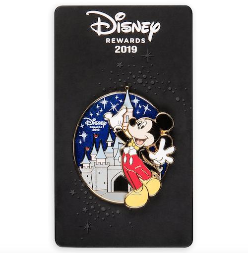 Mickey Mouse Tuxedo Disney Visa Cardmember Pin