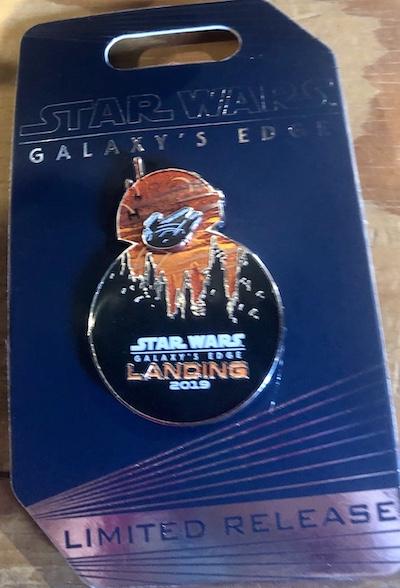 BB-8 Star Wars Galaxy's Edge Landing 2019 Pin