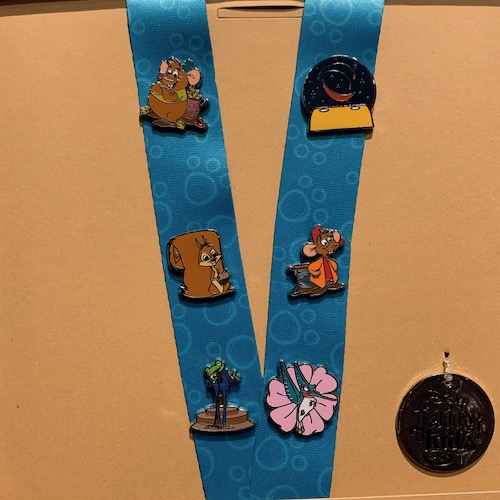 Tiny Pets Disney FairyTails Pin Set