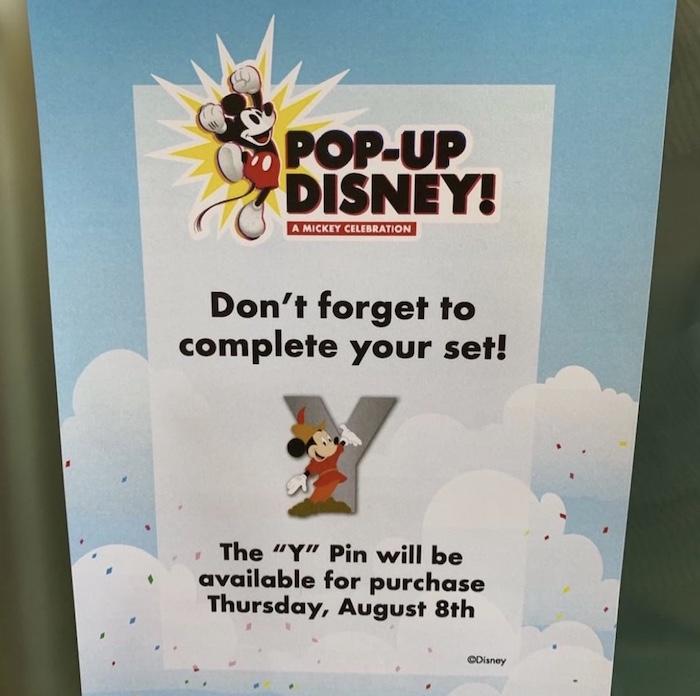 Y Mickey Pop-Up Disney! Pin