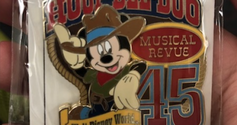 Hoop-Dee-Doo Musical Revue 45th Anniversary Disney Pin