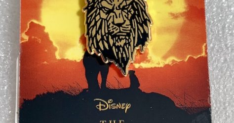 Lion King Scar Gold Lapel Pin