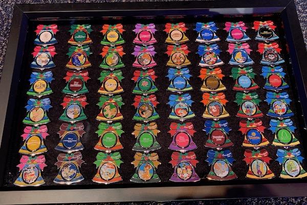Disney Resorts Holiday 2019 Pins