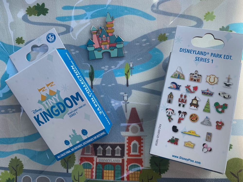 Tiny Kingdom Disneyland Series 1 Mystery Pin Collection