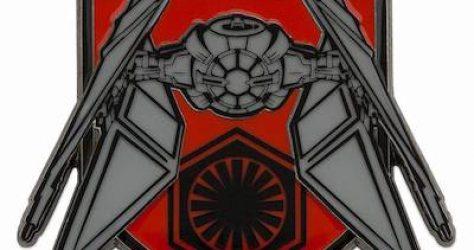 Kylo Ren TIE Fighter Star Wars The Rise of Skywalker Pin