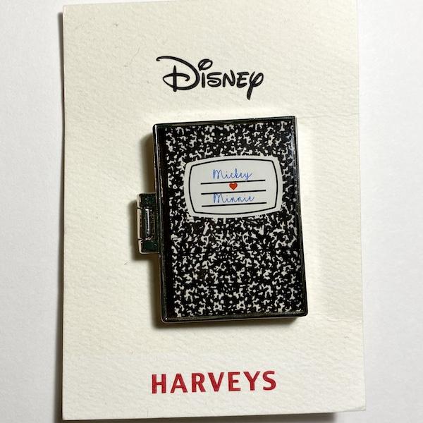 Mickey Loves Minnie Harveys Disney Pin